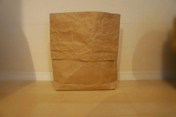 チンチラのティモ 数種類の牧草を混ぜ合わせるための袋