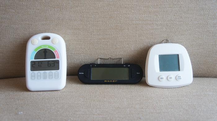 チンチラのティモのための歴代の温湿度計 SMARTEKと、mondiと、メリー